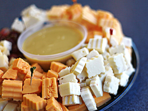 Em's Cubed Cheese, Grapes and Honey Mustard Platter